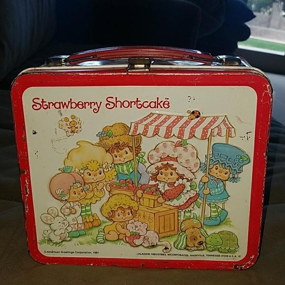 Aladdin Accessories Vintage 981 Strawberry Shortcake Metal Lunch Box Poshmark